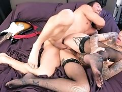 Leigh Raven Pulled Out Over A Big Dick