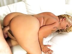 Chubby Big Boobed Lady Joclyn Stone Wanna Be Fucked From Behind Decently