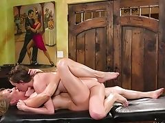 Memorable Cunny Rubdown By Girl-on-girl Masseuse Jill Kassidy