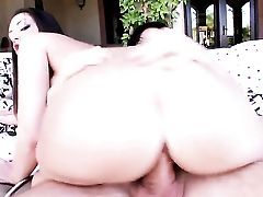 Black-haired Sexy Melina Mason With Phat Bootie Places Her Around The Man Meat And Then Moves It Up And Down