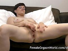 Horny Cougar Masturbating Fleshy Cunt To Numerous Orgasms