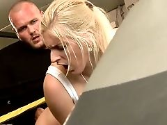 Horny Trainer Fucks Sporty Blondie Bitch Mira Sunset On Boxing Ring Harsh
