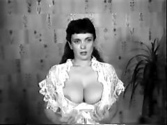 Cock Ball Torture Big Tits Old School Retro Antique 50's Blackandwhite Nodol2