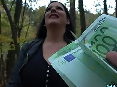 Hopping On A Strong Dick In The Forest Is Amazing For Anissa Jolie