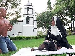 Wild Outdoors Anal Intercourse With Provocative Nun Yudi Pineda. Hd