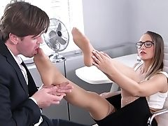 Slick Office Footjob Tryout For Naomi Bennet