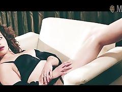 Emilia Clarke Erotic Photo Session